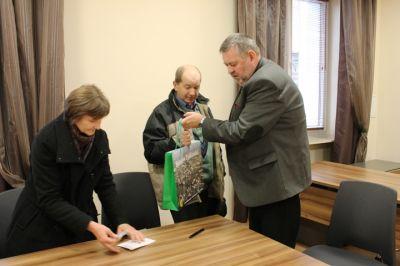 Spotkanie burmistrza z rodziną przystępującą do programu