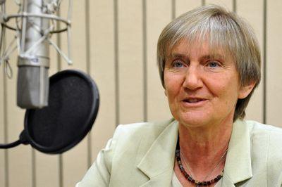 Profesor Barbara Fedyszak-Radziejowska