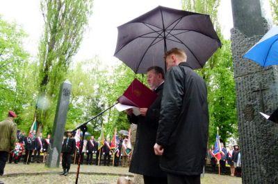 Przemówienie Burmistrza przy Pomniku Czynu Niepodległosciowego