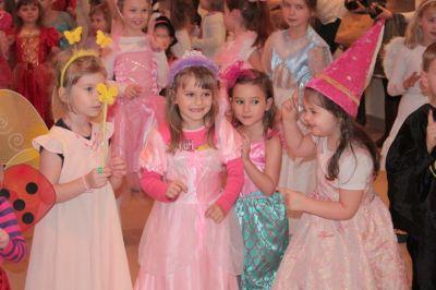 Dzieci podczas balu