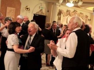 Seniorzy podczas balu