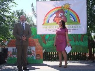 Nadanie imienia na ręce dyrektor przedszkola