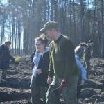 foto: Leśna Kraina sadzi las z harcerzami - 7 1 150x150