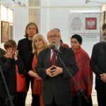 """foto: Wystawa ''Ofiarom Katastrofy Smoleńskiej"""" w Sejmie RP - Senator Jacek Świat i ..... 150x150"""