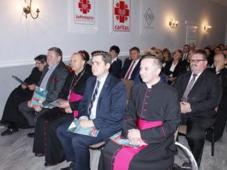 Goście podczas uroczystego otwarcia
