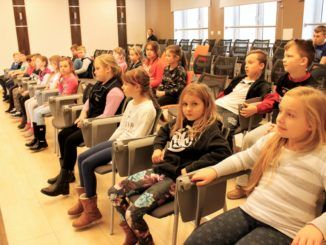 Uczniowie w Urzędzie Miasta