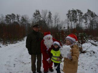 Spotkanie przedszkolaków z Mikołajem