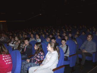 Widzowie spektaklu
