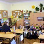 """foto: Goście z Białorusi w Kręgu Szkoły """"Jedynki"""" - w IIIe 150x150"""