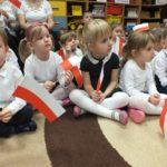 foto: Dzieci z MP2 uczciły Święto Flagi Polskiej - DSCF9716 150x150