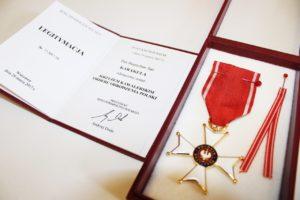 foto: Burmistrz Miasta odznaczony przez Prezydenta RP - IMG 2339 300x200