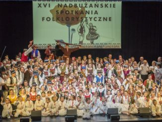 Uczestnicy festiwalu podczas występów
