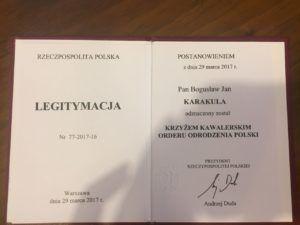 foto: Burmistrz Bogusław Karakula wśród najlepszych - bogusław karakula krzyz kawalerskiorderu odrodzenia polski legitymacja 300x225
