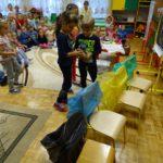 foto: Przedszkolaki z Dwójki posprzątały świat ! - DSC04119 150x150