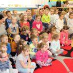 foto: Burmistrz czyta dzieciom - IMG 3658 150x150