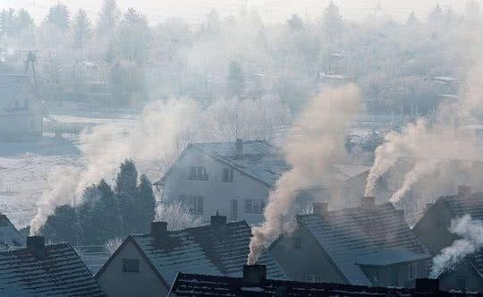dz01NDAmaD0zNjA=_src_195654-smog_w_polsce_walka_zd2_budujemydompl