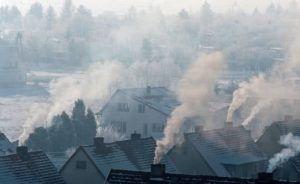 foto: Uchwała Antysmogowa - dz01NDAmaD0zNjA src 195654 smog w polsce walka zd2 budujemydompl 300x184