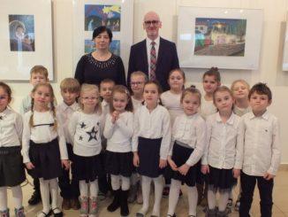 Przedszkolaki biorące udział w konkursie