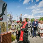 foto: Odsłonięto pomnik  Pamięci sokołowian-Żołnierzy Armii Krajowej, cichociemnych - spadochroniarzy walczących o Niepodległość Ojczyzny - 6T6A8827 150x150