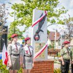 foto: Odsłonięto pomnik  Pamięci sokołowian-Żołnierzy Armii Krajowej, cichociemnych - spadochroniarzy walczących o Niepodległość Ojczyzny - 6T6A8758 150x150