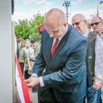 foto: Odsłonięto pomnik  Pamięci sokołowian-Żołnierzy Armii Krajowej, cichociemnych - spadochroniarzy walczących o Niepodległość Ojczyzny - 6T6A8812 150x150