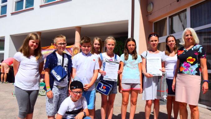 Uczniowie - redakcja gazetki