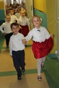 foto: Leśna Kraina świętuje urodziny Polski - 4 3 200x300