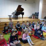 foto: Przedszkolaki z MP2 odwiedziły Szkołę Muzyczną I Stopnia - P1070426 150x150