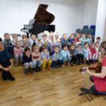 foto: Przedszkolaki z MP2 odwiedziły Szkołę Muzyczną I Stopnia - P1070480 150x150