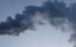 foto: Ostrzeżenia I stopnia o złej jakości powietrza - smoke 300x187
