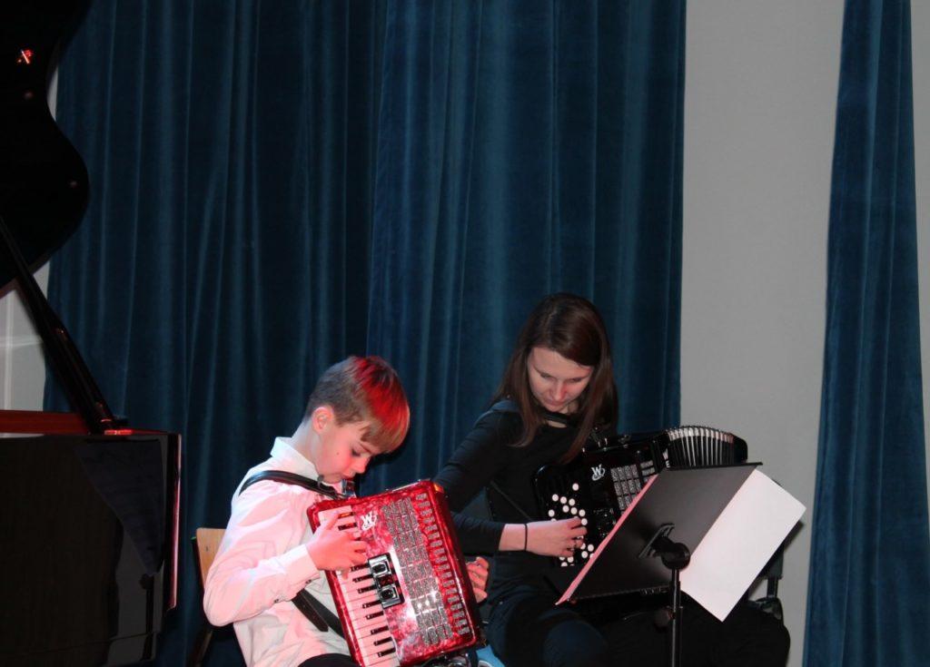 foto: Koncert Zimowy w wykonaniu uczniów Szkoły Muzycznej - 11 3 1024x735