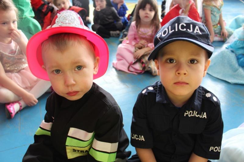 foto: Przedszkolaki podczas balu karnawałowego - 12 3