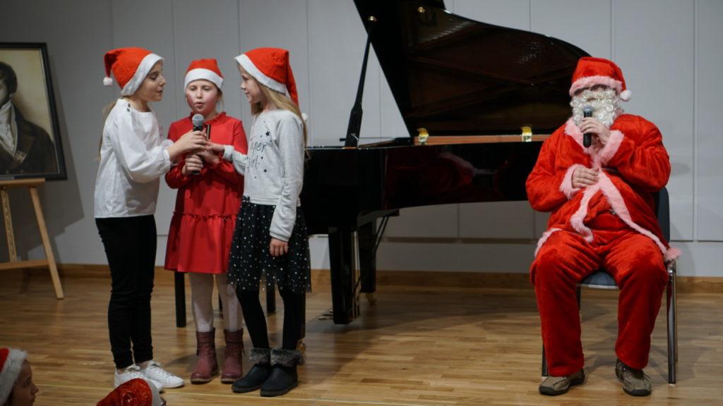 foto: Muzyczne podsumowanie I semestru w Szkole Muzycznej - 16 1 1024x576