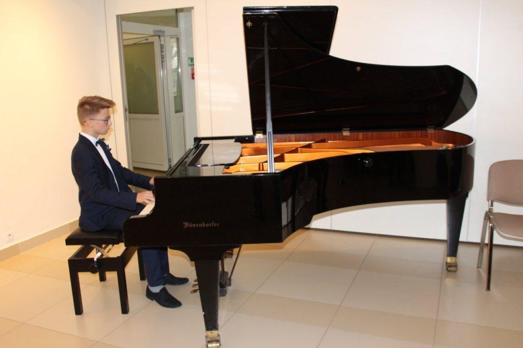foto: Muzyczne podsumowanie I semestru w Szkole Muzycznej - 3 2 1024x682