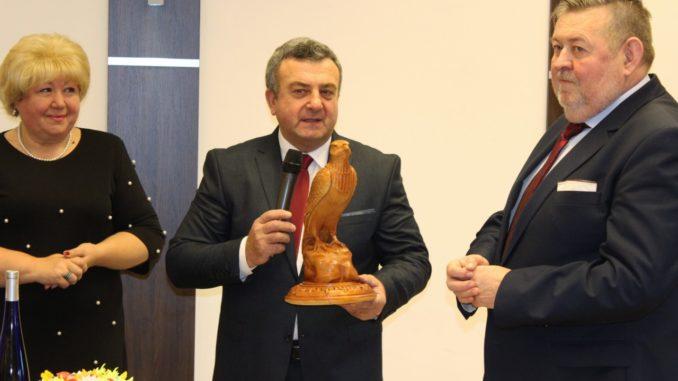 Burmistrz Miasta z członkami delegacji miast partnerskich