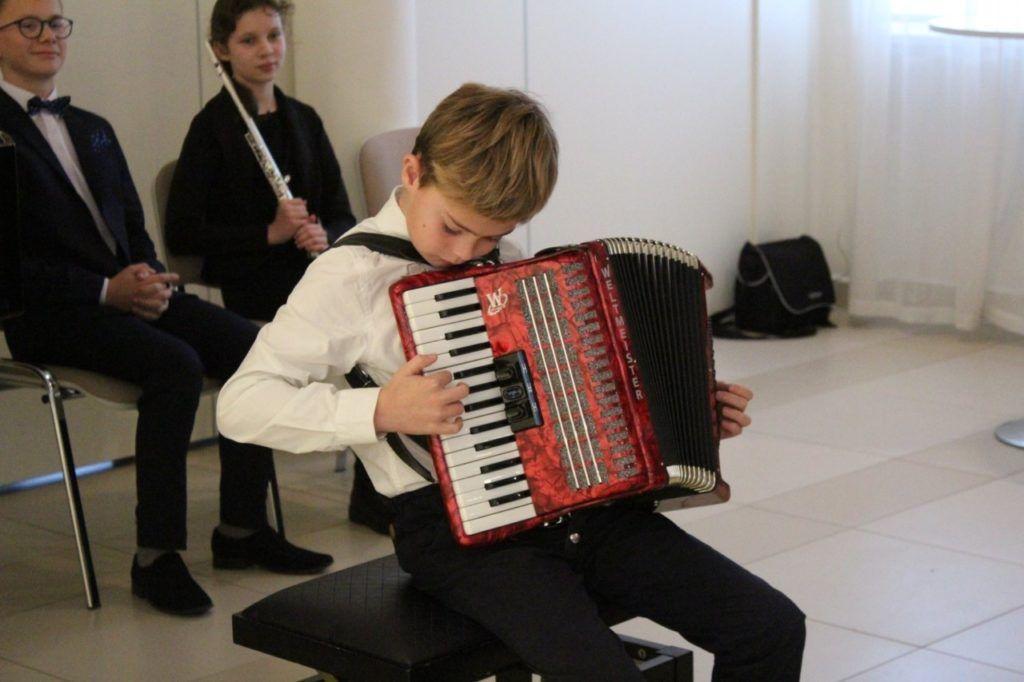 foto: Muzyczne podsumowanie I semestru w Szkole Muzycznej - 1 1 1024x682