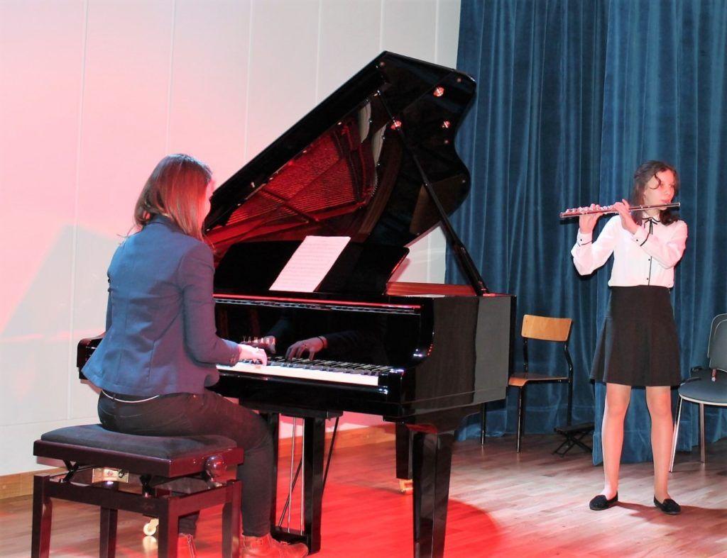 foto: Koncert Zimowy w wykonaniu uczniów Szkoły Muzycznej - 5 3 1024x787