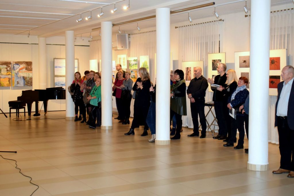 foto: Drohiczyn 2018 - wystawa poplenerowa w Galerii DOM - DSC 0117 1024x682