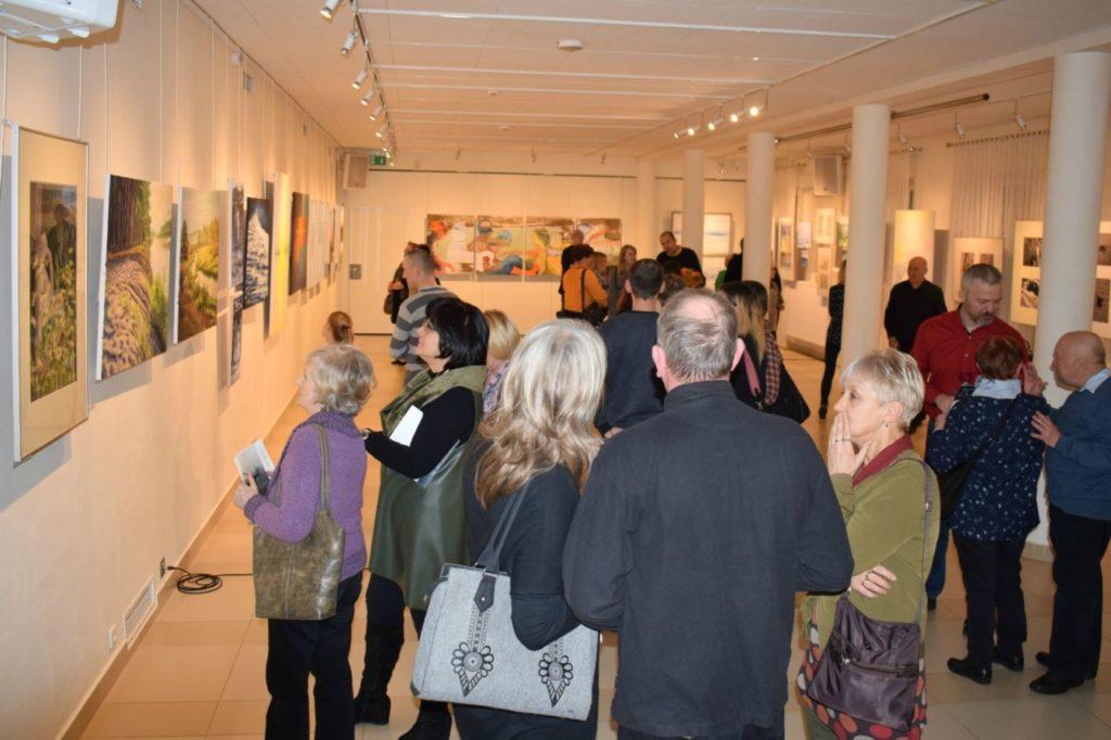 foto: Drohiczyn 2018 - wystawa poplenerowa w Galerii DOM - DSC 0124 1024x682