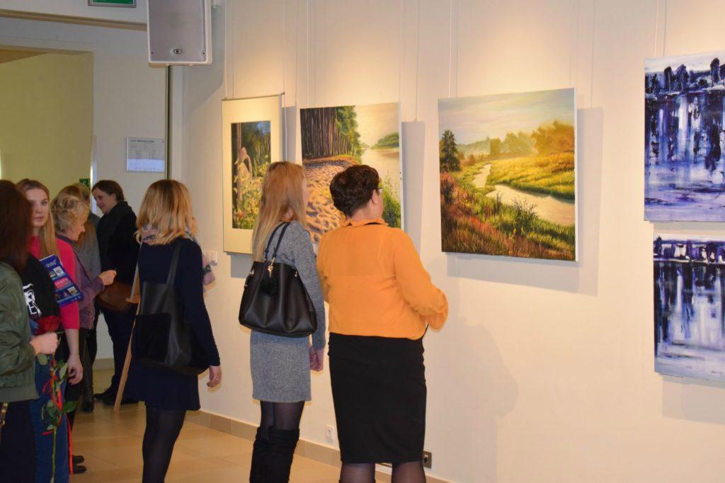 foto: Drohiczyn 2018 - wystawa poplenerowa w Galerii DOM - DSC 0127 1024x682