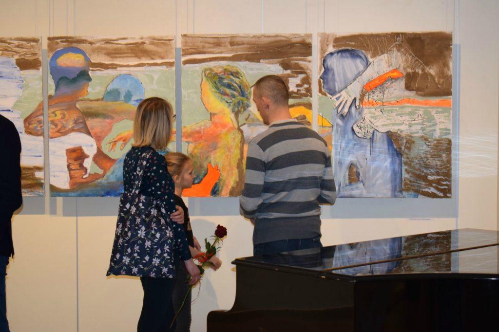 foto: Drohiczyn 2018 - wystawa poplenerowa w Galerii DOM - DSC 0141 1024x682