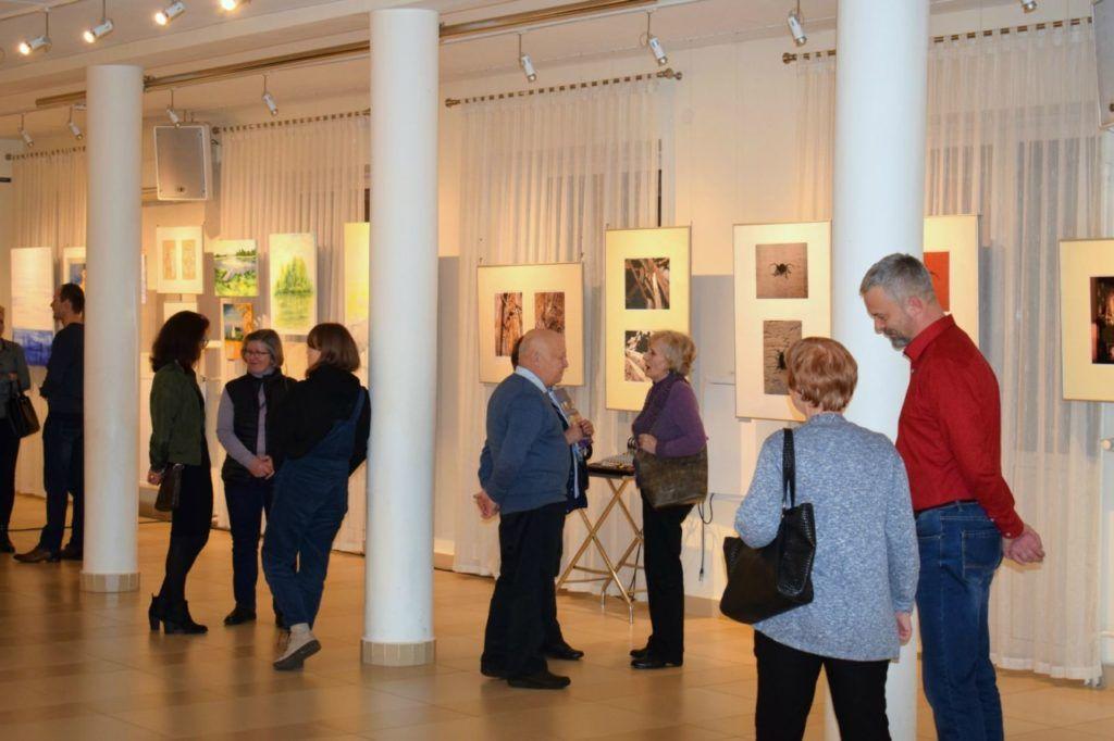 foto: Drohiczyn 2018 - wystawa poplenerowa w Galerii DOM - DSC 0060 2 1024x682