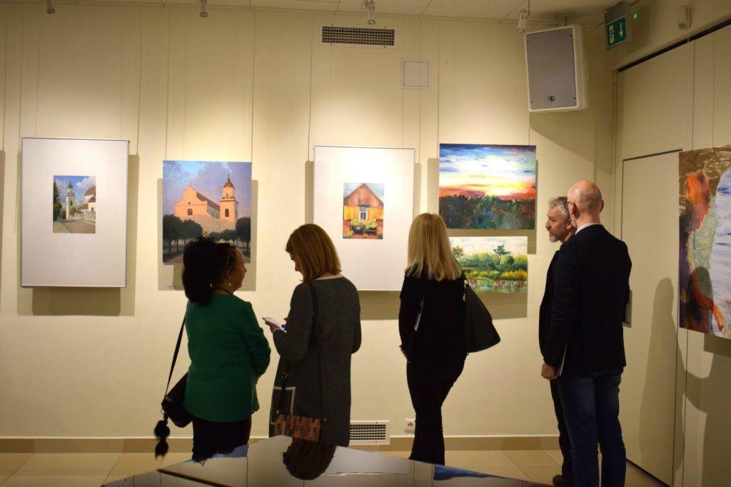 foto: Drohiczyn 2018 - wystawa poplenerowa w Galerii DOM - DSC 0132 1024x682
