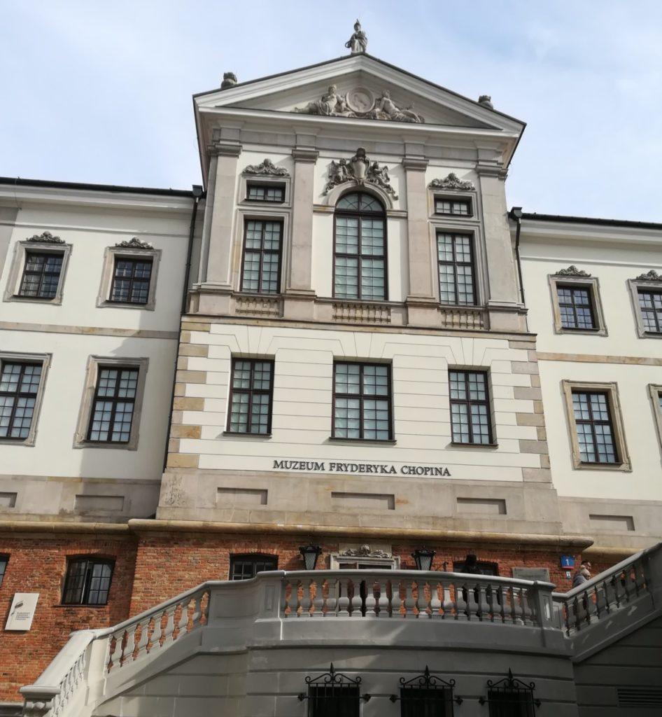 foto: Wizyta uczniów Szkoły Muzycznej w Muzeum Fryderyka Chopina - 1 946x1024