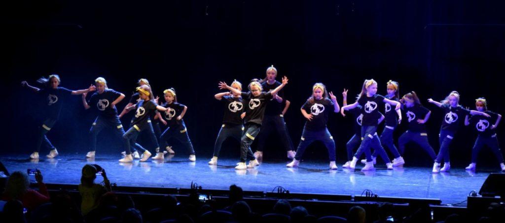 foto: Dzień Tańca w SOK! - DSC 0095 1024x453