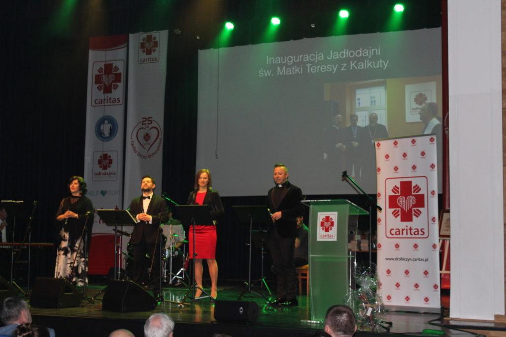 foto: Gala jubileuszowa 25-lecia Caritas Diecezji Drohiczyńskiej - IMG 5354 1024x682