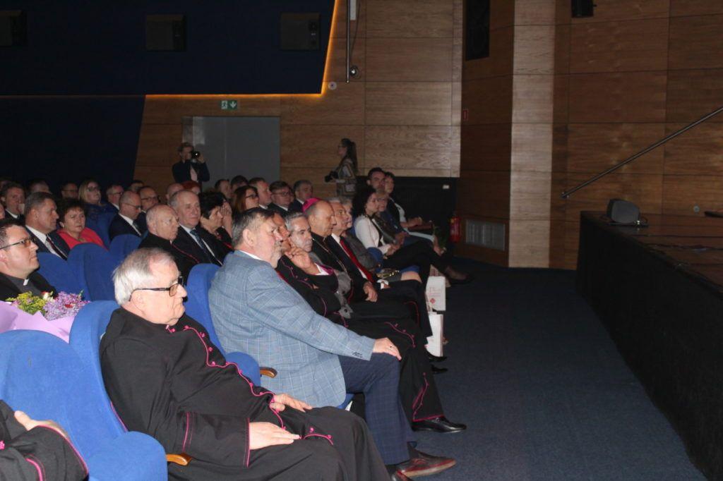 foto: Gala jubileuszowa 25-lecia Caritas Diecezji Drohiczyńskiej - IMG 5339 1024x682