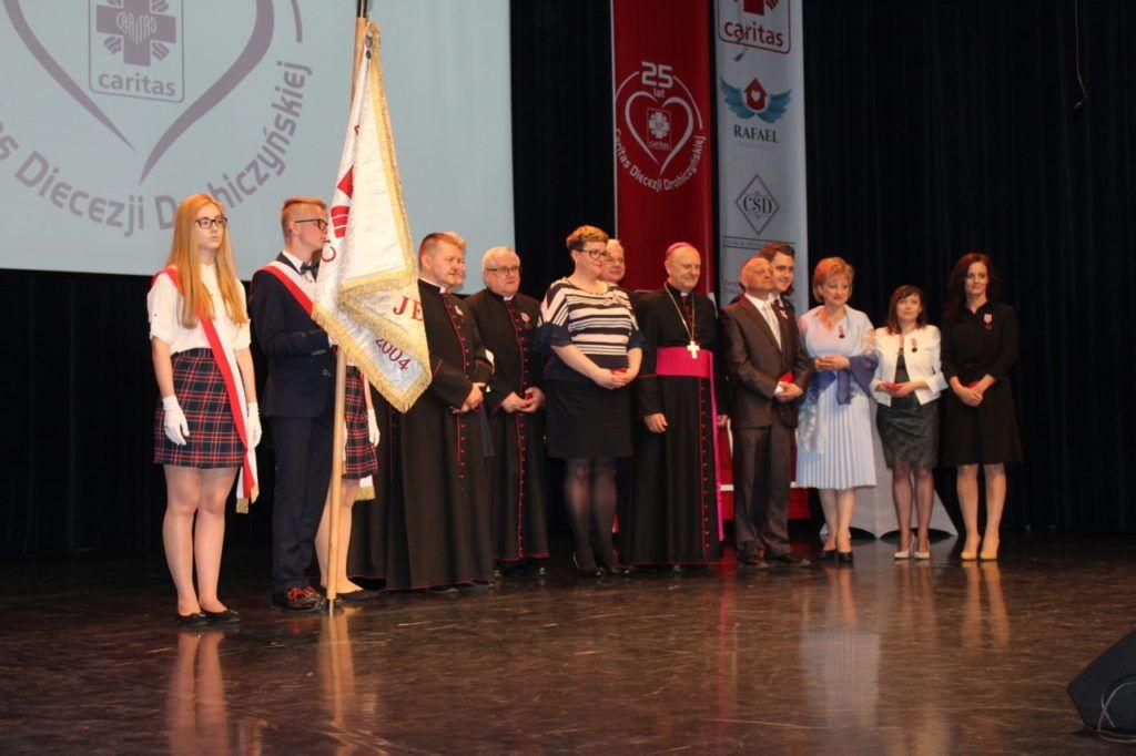 foto: Gala jubileuszowa 25-lecia Caritas Diecezji Drohiczyńskiej - IMG 5437 1024x682