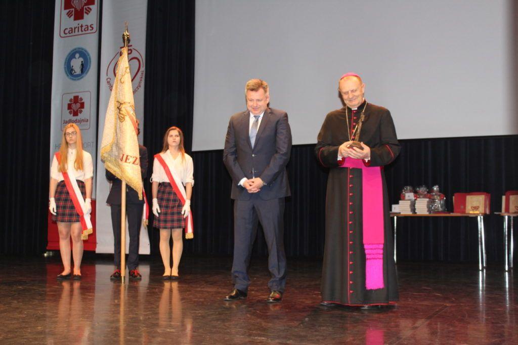 foto: Gala jubileuszowa 25-lecia Caritas Diecezji Drohiczyńskiej - IMG 5469 1024x682
