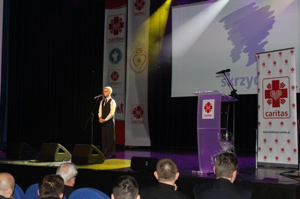 foto: Gala jubileuszowa 25-lecia Caritas Diecezji Drohiczyńskiej - IMG 5485 1024x682